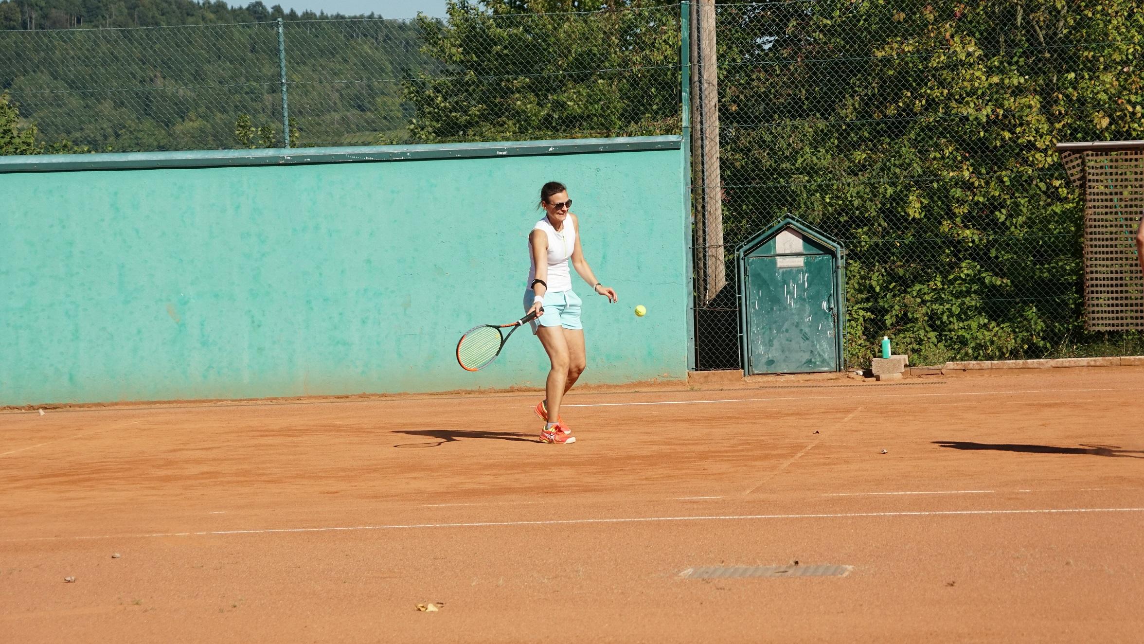 Interne Doppelmeisterschaften bei Kaiserwetter tennis doppel karlstetten 2021 2