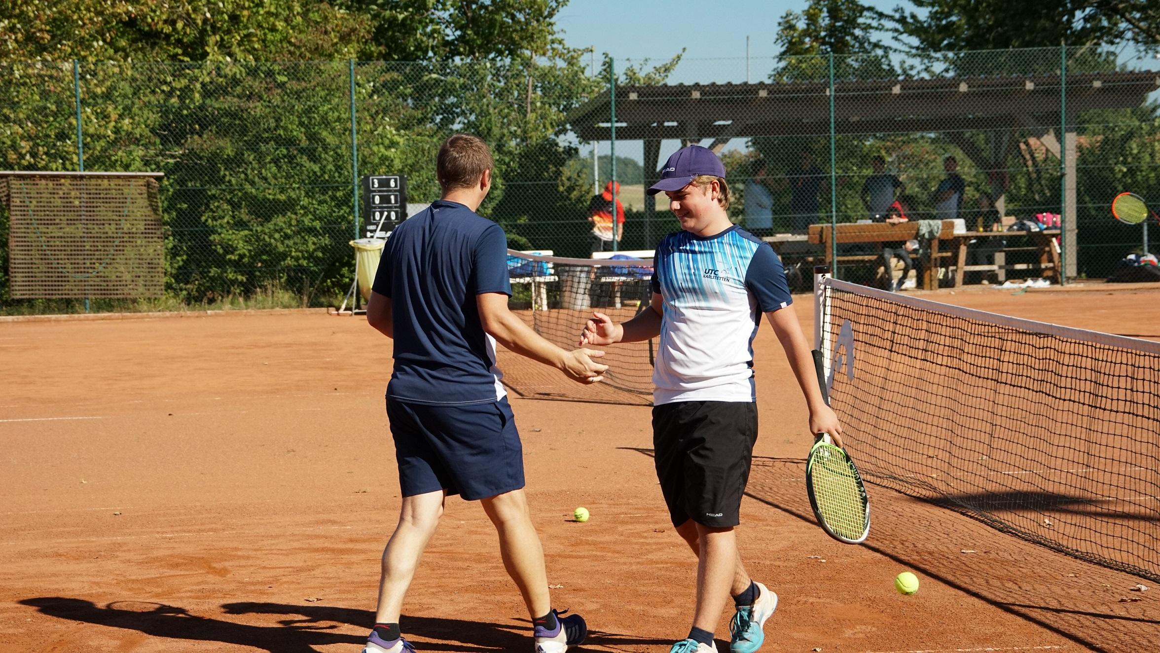 Interne Doppelmeisterschaften bei Kaiserwetter tennis doppel karlstetten 2021 5